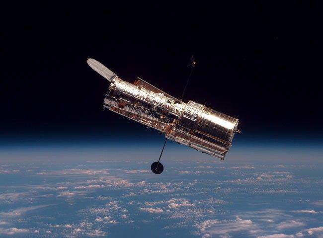 18 На орбитальном телескопе «Хаббл» завершился ремонт