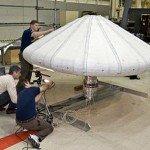 Работы со щитом (фото НАСА)