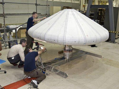 65 NASA готовится к испытаниям надувного щита
