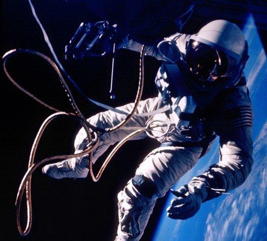d0b2d18bd185d0bed0b4-d0b2-d0bad0bed181d0bcd0bed181 Астронавты последний раз вышли в открытый космос
