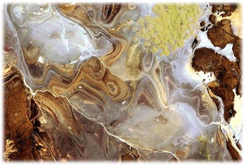 64 Спутник сфотографировал одно из самых безжизненных мест Земли