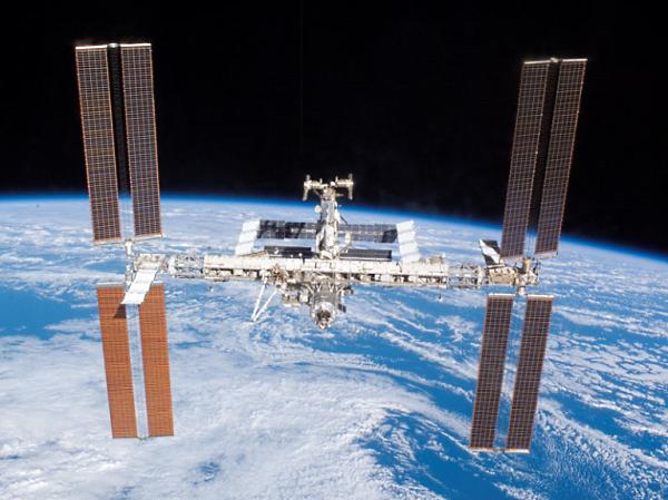МКС МКС может превратиться в космический корабль и отправиться на Луну