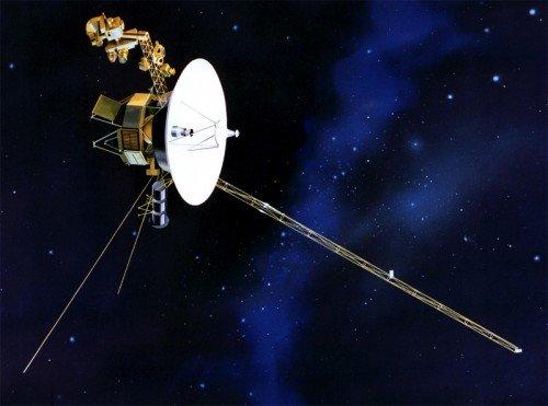 voyager1-500x371 Инопланетяне используют Вояджер-2 для связи с землянами