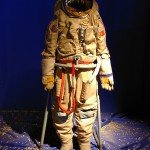 Russian_space_suit_3
