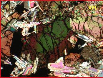 1259-Photo-basalt_medium Образцы лунного грунта содержат гидроксил и летучие вещества