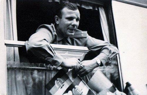 21-Gag Роскосмос отыскал ранее не опубликованные фотографии Гагарина