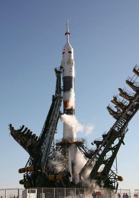2212180381 Стыковка «Прогресса» с МКС получилась со второго раза