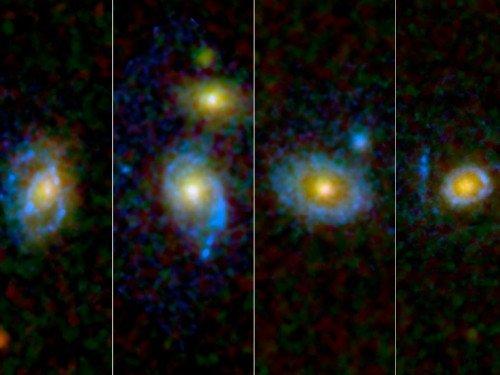 474754main_pia13318-4x3_946-710-500x375 Вокруг старых галактик обнаружены ультрафиолетовые кольца