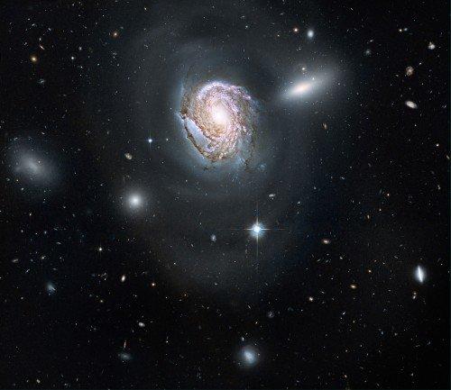 coma-cluster-500x433 Получены изображения одной из галактик, расположенных в скоплении Волос Вероники