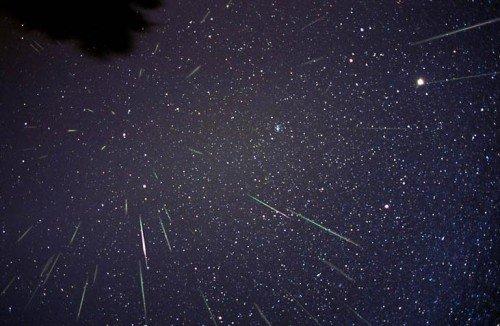 Leonid24-10x-500x326 Сегодня ночью Земля пройдет сквозь метеорный дождь