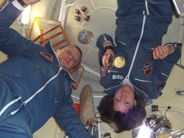 134 На сайте Роскосмоса появился фоторепортаж Кондратьева о полете к МКС