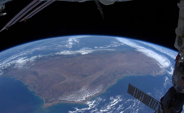Мадагаскар Планета Земля под прицелом объектива астронавта-фотохудожника