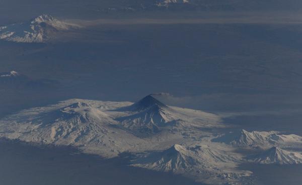 вулкан-на-Камчатке Планета Земля под прицелом объектива астронавта-фотохудожника