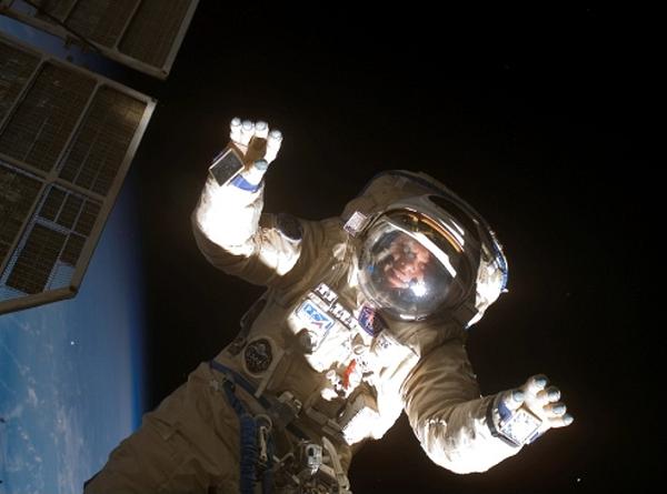 в-космосе «Союз» начнет возить туристов на орбиту в 2013 году