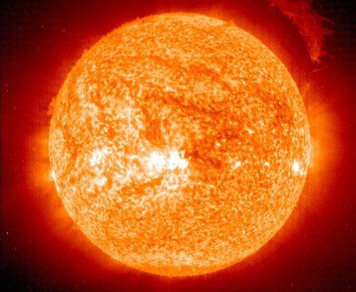 20040312 Новый снимок солнечного шара