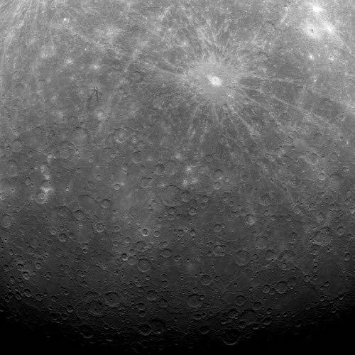 фото-Меркурия Сделаны первые подробные фотографии поверхности Меркурия