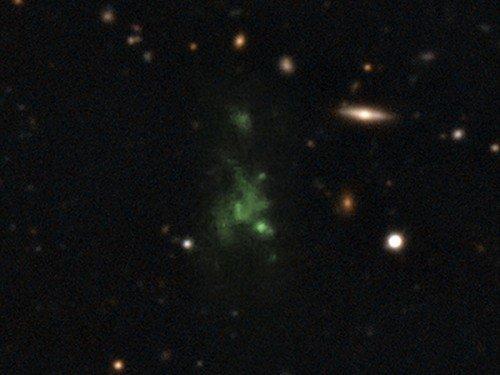 Blob-500x375 Обнаружено поляризованное излучение гигантского скопления газа