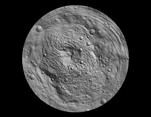slide2_image Астероид Веста продолжает раскрывать свои тайны