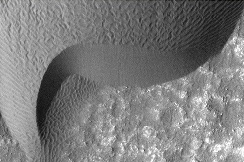 61 Поверхность Марса подвержена изменениям