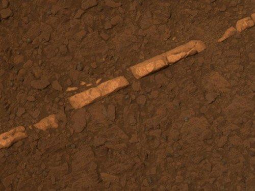 11 Марсоход «Оппортьюнити» обнаружил убедительное свидетельство существования воды на Красной планете