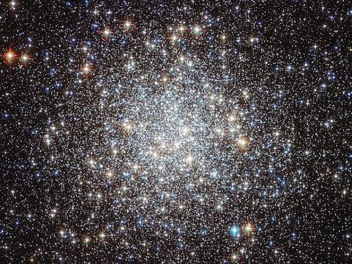 633335main_image_2204_946-710 Получена очень качественная фотография шарового скопления M9