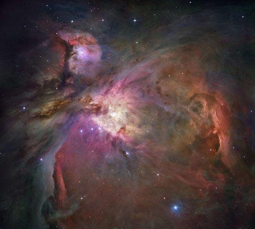 1-11 В центре Туманности Ориона находится черная дыра?