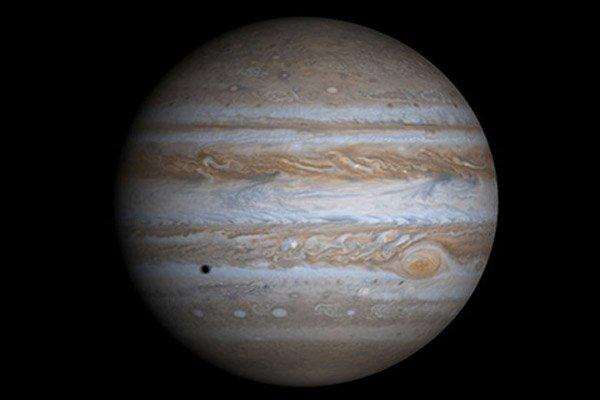 На Юпитере Большое красное пятно замедлило свое сжатие